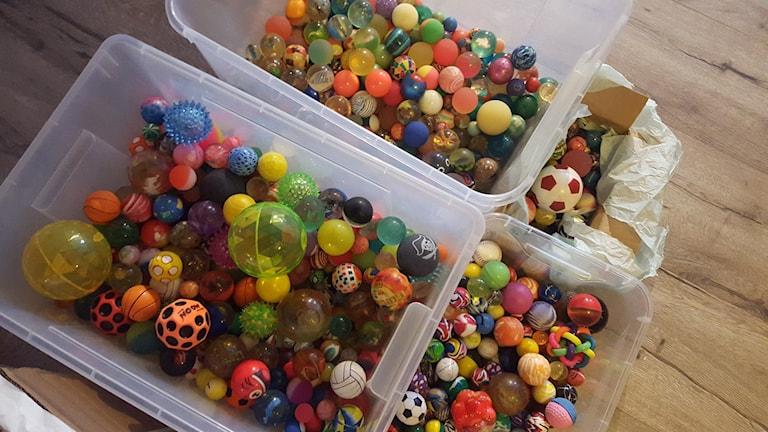 Hur ser 700 studsbollar ut? Så här. Foto: Mattias Persson/Sveriges Radio