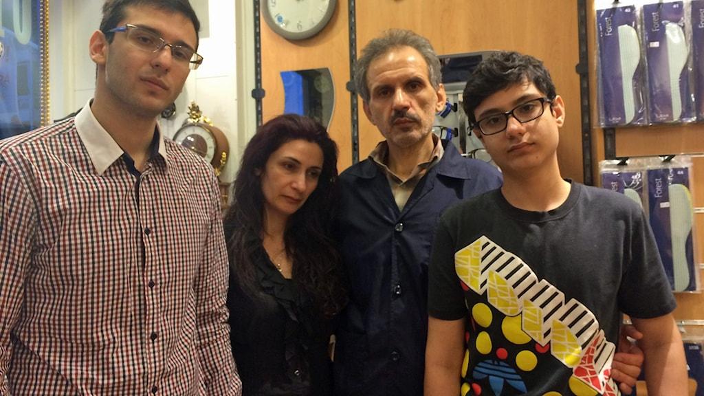 Familjen Ahmadi (Hesam, Shahla, Mehdi och Sina)