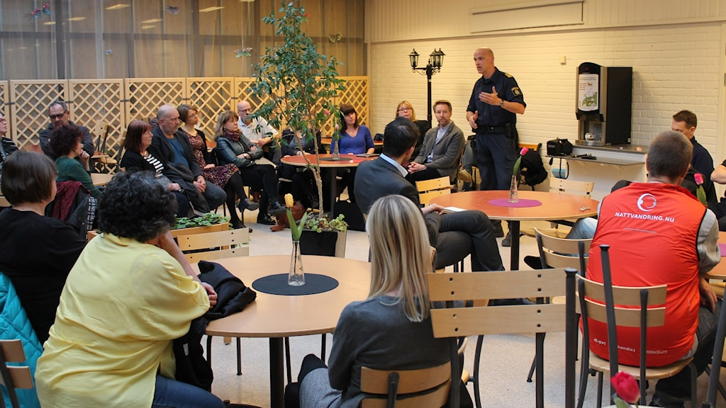 Uppsala kommun höll öppet möte efter den senaste tidens oroligheter i Valsätra och Gottsunda.