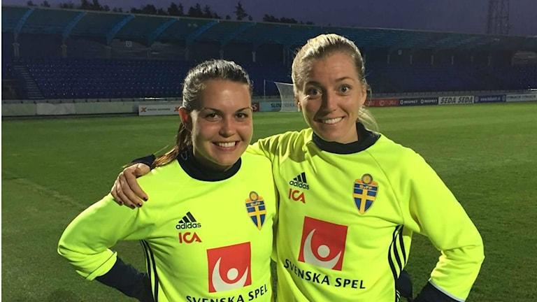 Emilia Appelquist och Linda Sembrant i Slovakien. Foto: Privat