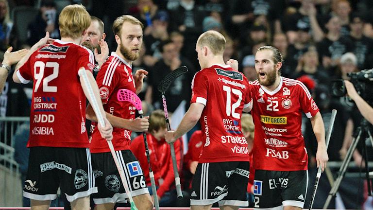Albin Sjögren och Storvreta jublar efter 4-4 mot Linköping