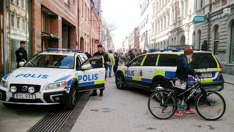 polisbilar i uppsala