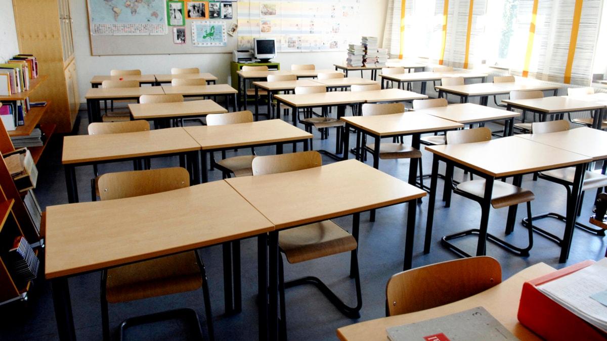 En skola i Uppsala stängs efter att det varit hög sjukfrånvaro bland personalen (arkivbild).