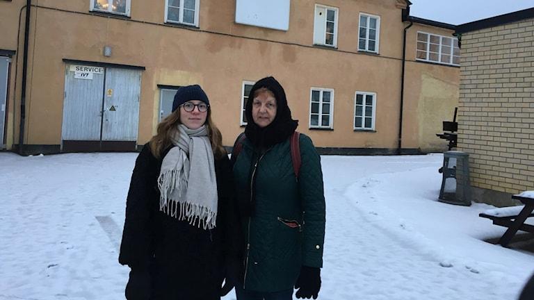 Isabelle Axelsson och Eva Ezim.