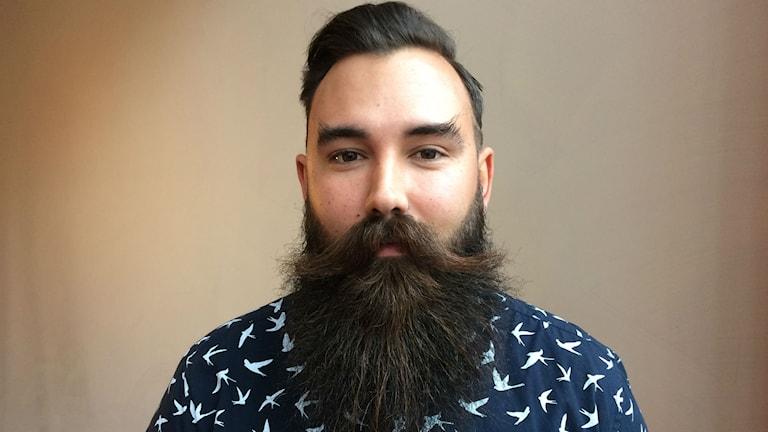 Kenny Lindberg från Bålsta tävlar med sitt skägg.