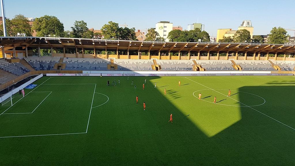 Dalkurd jublar efter sitt 2-0 mål hemma mot AFC Eskilstuna.