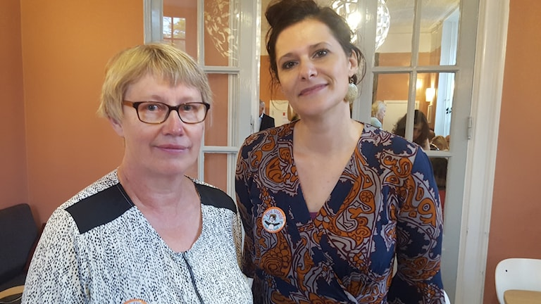 Berit Kauppinen och Michelle Smith Ekström.