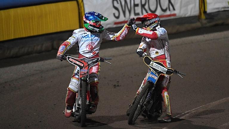 Rospiggarnas Timo Lahti och Jason Doyle.