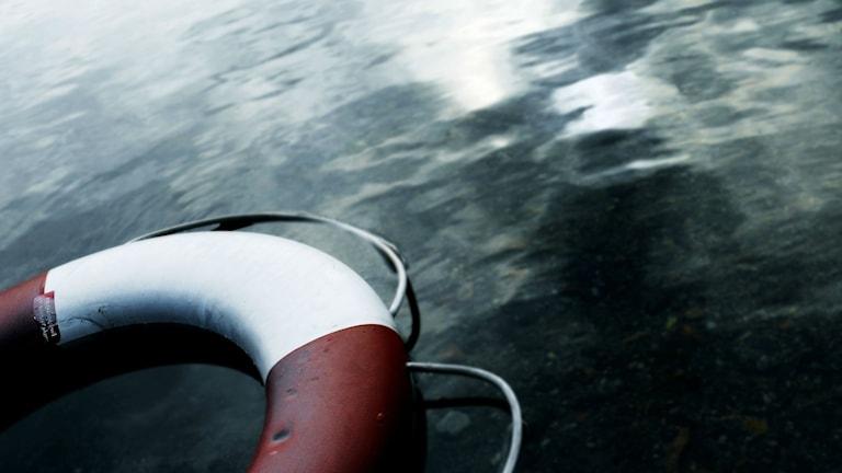 Livboj i vattnet