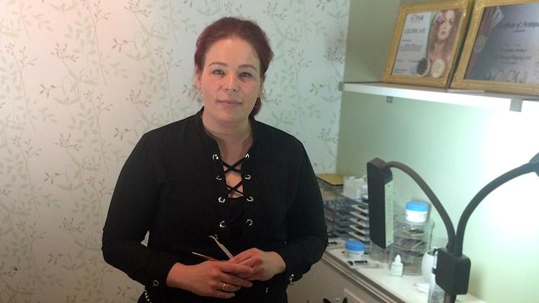 Karin Ruus från Enköping och mästarinna i ögonfransstyling