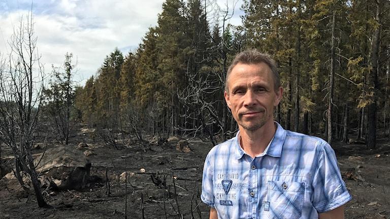 Fredrik Gustafsson, skogvaktare vid Uppsala kommun.
