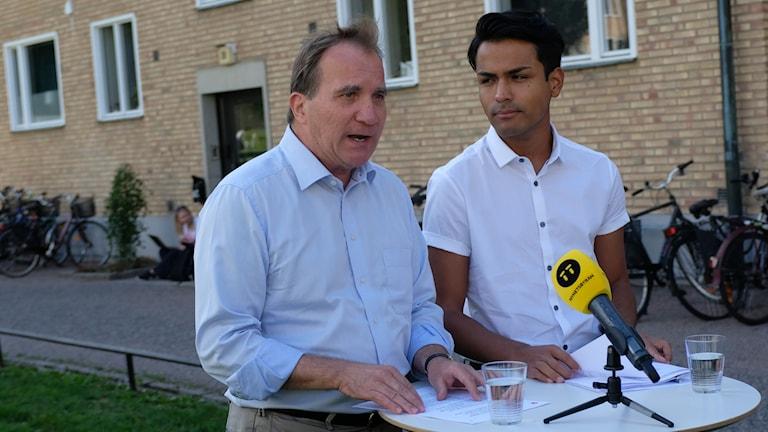 Förslaget presenterades av statsminister Stefan Löfven och SSU:s ordförande Philip Botström.