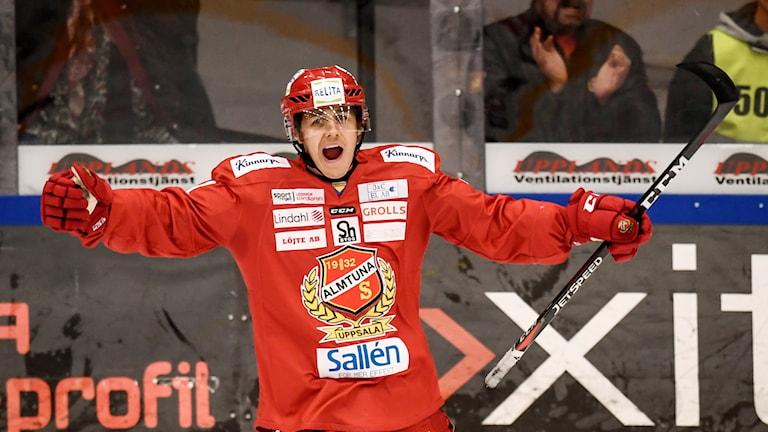 Almtunas Erik Santesson.