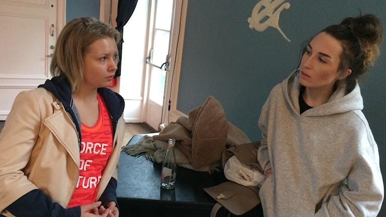 Siri Strand och Emma Westas-Rödin gör teater om psykisk ohälsa