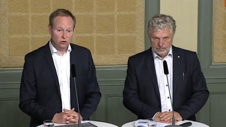 Johan Edstav och infrastrukturminister Peter Eriksson (MP)