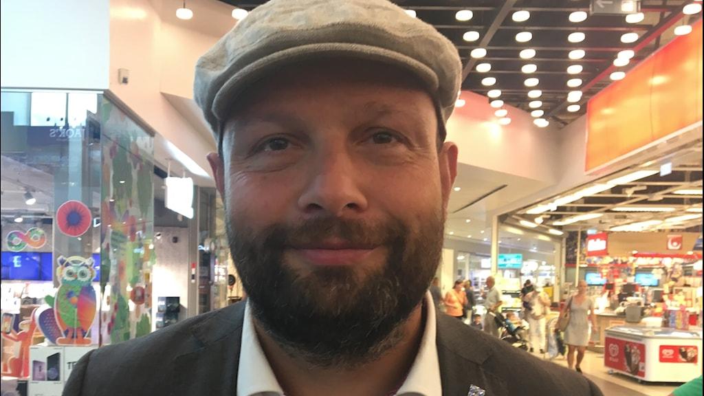 Liberalernas Mohamad Hassan i Uppsala.