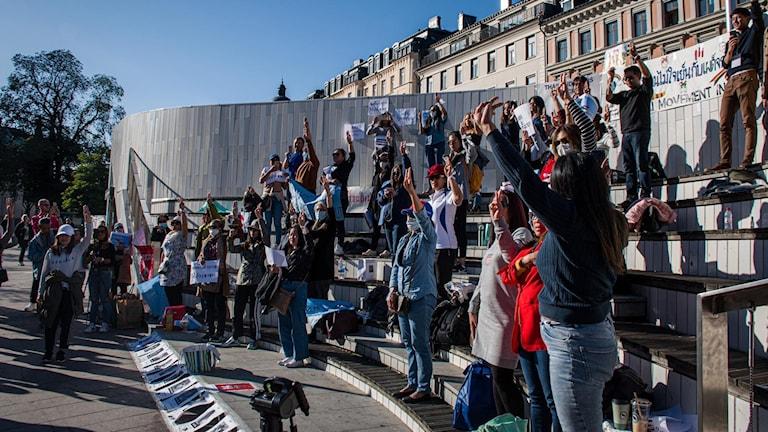 I september hölls en manifestation på Odenplan i Stockholm till stöd för protesterna.