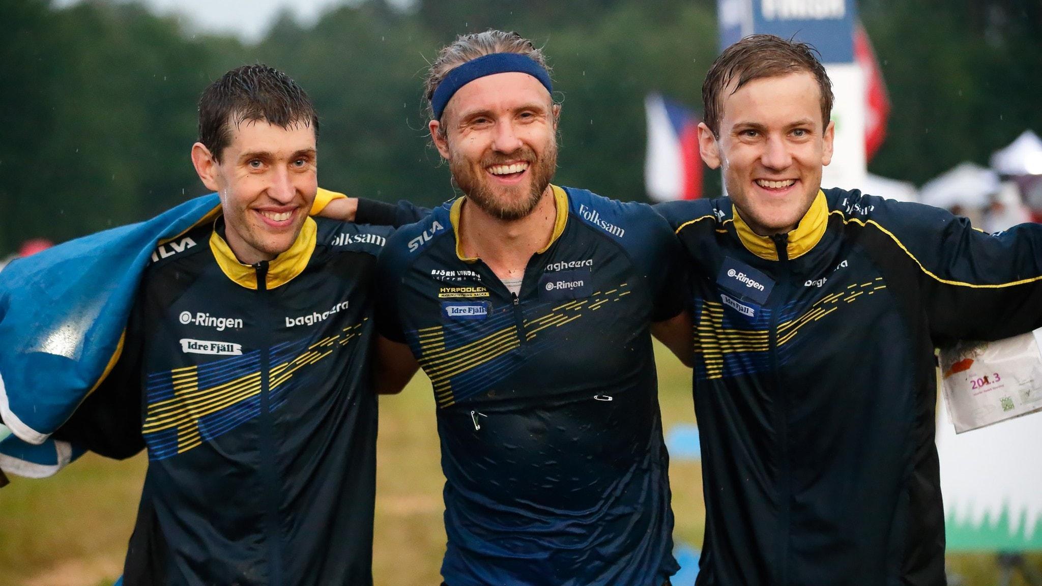 VM-guld i stafetten med Ridefelt från Uppsala i täten