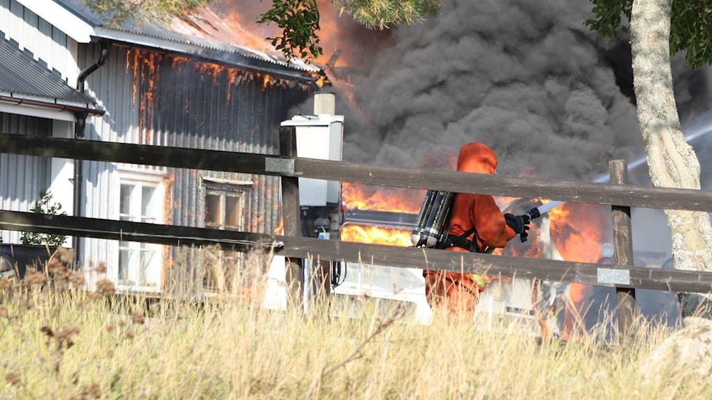 brand hästgård på  härkeberga
