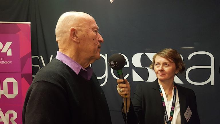 Bernt Jonsson, kanalchef 1977 och Alisa Bosnic, nuvarande kanalchef.