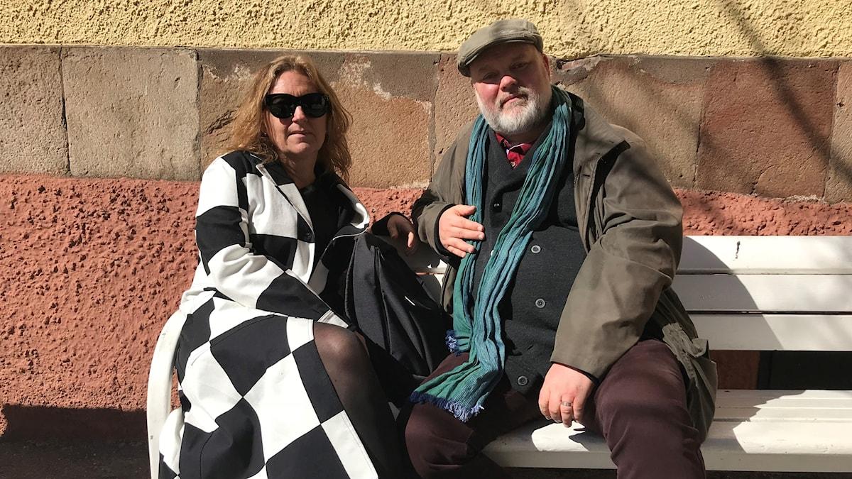 Catrin och Tommy Ditz besökte Uppsala domkyrka under klockringningen för Notre Dame.