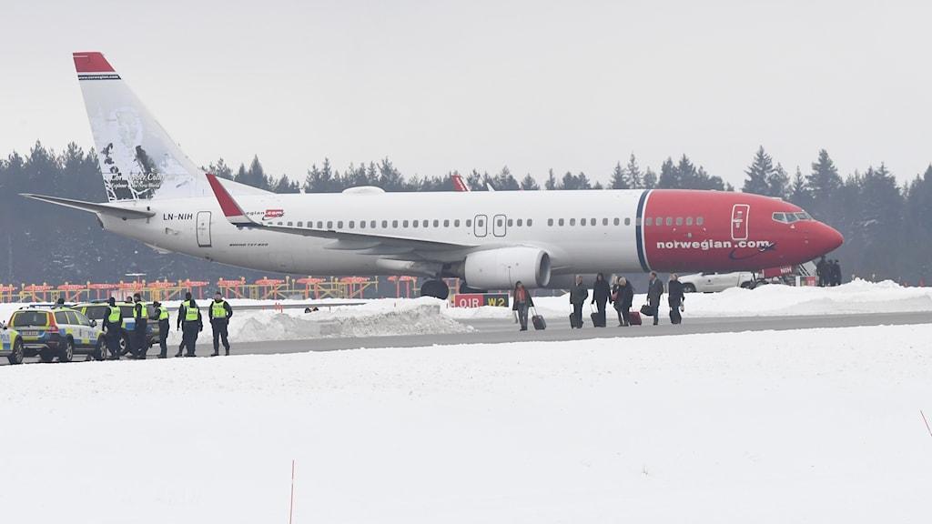 Flygplan evakueras på Arlanda.