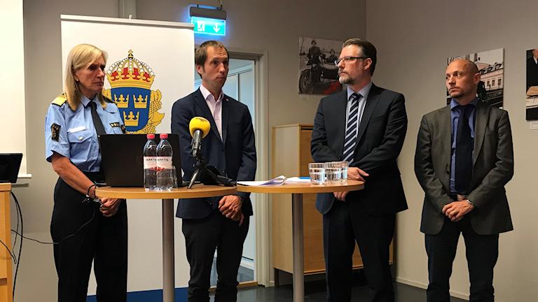 Presskonferens med polisen och Uppsala kommun.