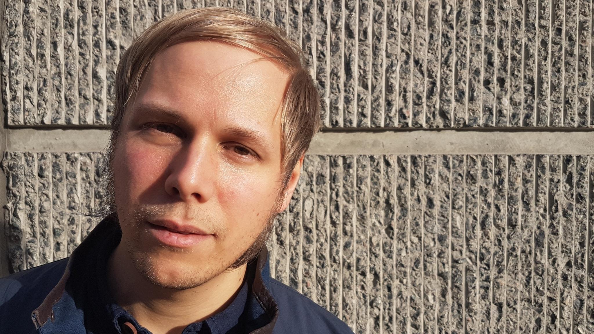 David Väyrynen är poet och bor i Hakkas.