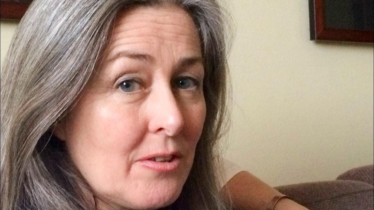 Vetenskapsradion Klotet – Döm miljöbovarna för ekomord! Polly Higgins är i Sverige och försöker driva på för att Sverige ska ställa sig bakom kravet att ekomord, ecocide, ska bli en del av EU:s miljölagsftning.  P1 Sveriges Radio. Foto: Tobias Abrahamsson/Sveriges Radio