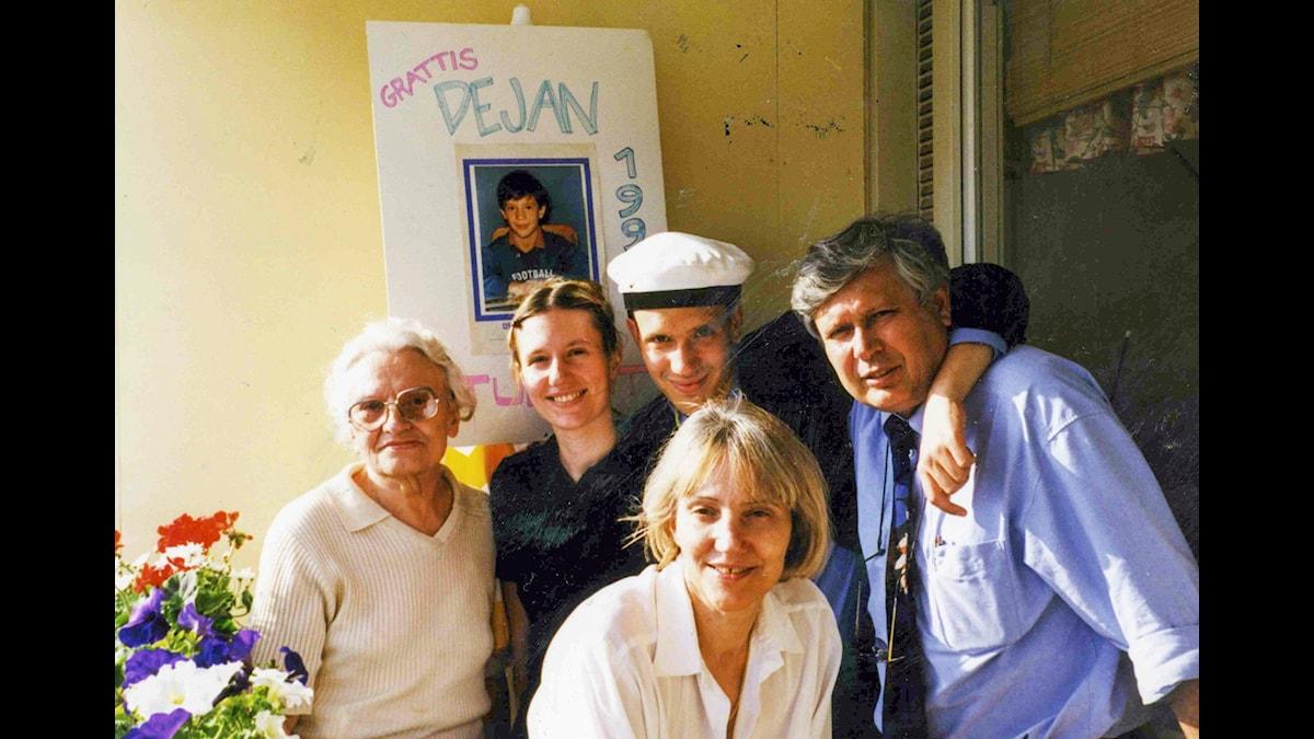 Såren från Sarajevo. Dejan Cokorilo med familj. P1 Dokumentär. P1 Sveriges Radio.