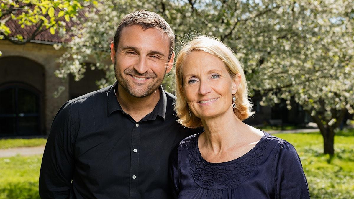 Sommarredaktionen, Sommar i P1. Johar Bendjelloul och Bibi Rödöö. P1 Sveriges Radio.