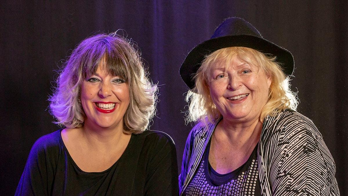 Närbild på Marit Bergman och Kikki Danielsson. Foto: Micke Grönberg/Sveriges Radio