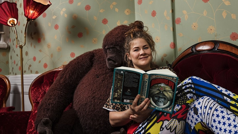 Emma Broomé läser Mördarens apa av Jakob Wegelius Drama för Unga i Barnradion  Sveriges Radio
