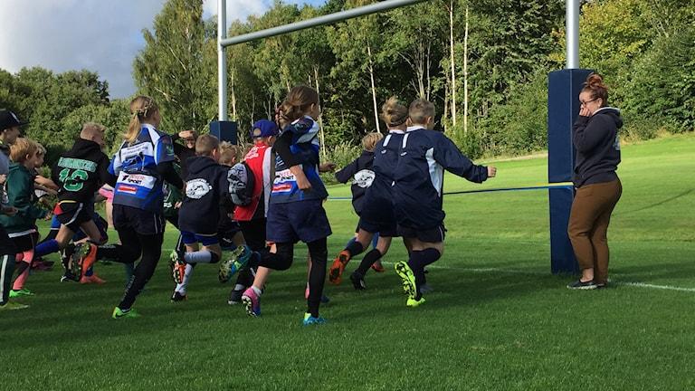 Rugbystolparna på Bodele i Uddevalla invigs.