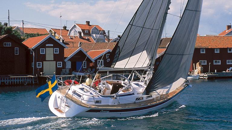 En segelbåt till sjöss. Foto: Rick Tomlinson/Hallberg-Rassy.