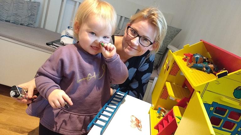 Anna Forsebo och hennes dotter Stina.