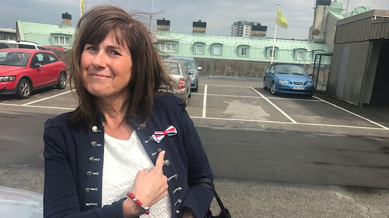 Merete Eriksson från Norge bor i Trollhättan sedan 27 år tillbaka men firar ändå Norges nationaldag 17 maj varje år.