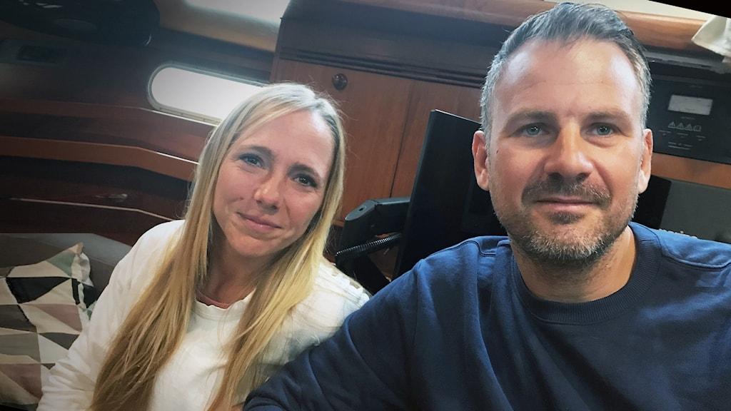 Lysekilsparet Oskar Olausson och Lisa Lindeberg på båten Hilma