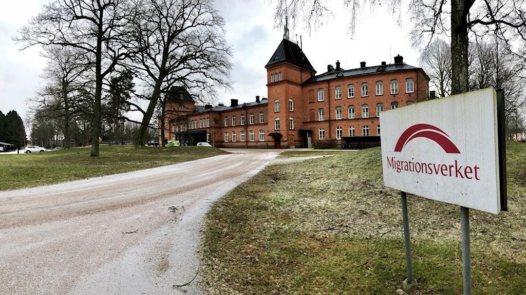 Migrationsverket på Restad gård.