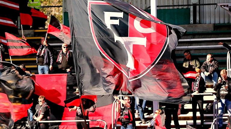 FC Trollhättans supporterskara