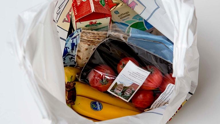 En påse med matvaror. Foto: Christine Olsson/TT.
