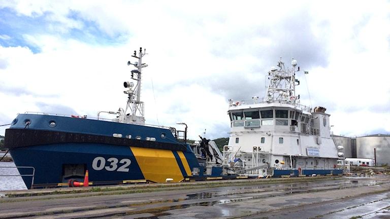 Kustbevakningens fartyg. Foto: Cecilia Bergil/Sveriges Radio.