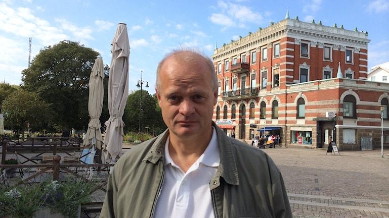 Jan-Olof Johansson (S) medger att det råder delade meningar om partisamarbete i partiet. Foto; Oskar Lodin / Sveriges Radio