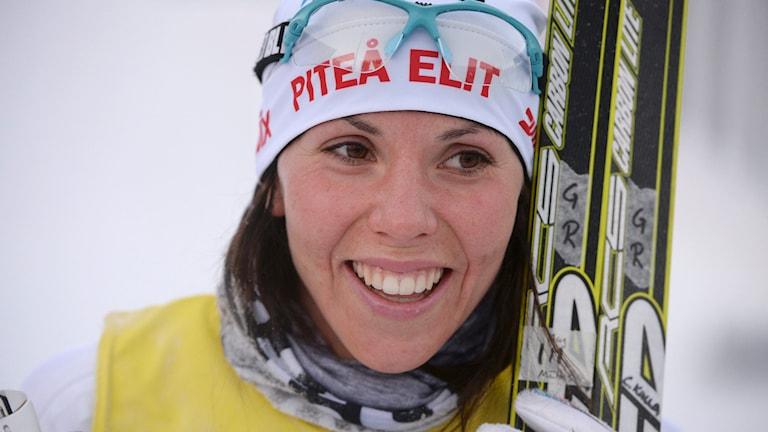 Charlotte Kalla, Piteå Elit, överlägsen segrare i lördagens SM-lopp10 km skidor klassisk stil under SM-veckan i Umeå. Foto: Fredrik Sandberg/TT.