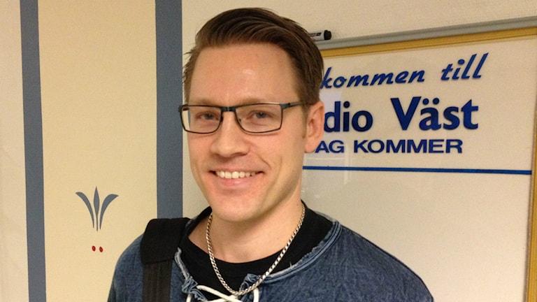 Bild på fantasyförfattaren Marcus Olausson. Foto: Jimmie Schewenius/Sveriges Radio