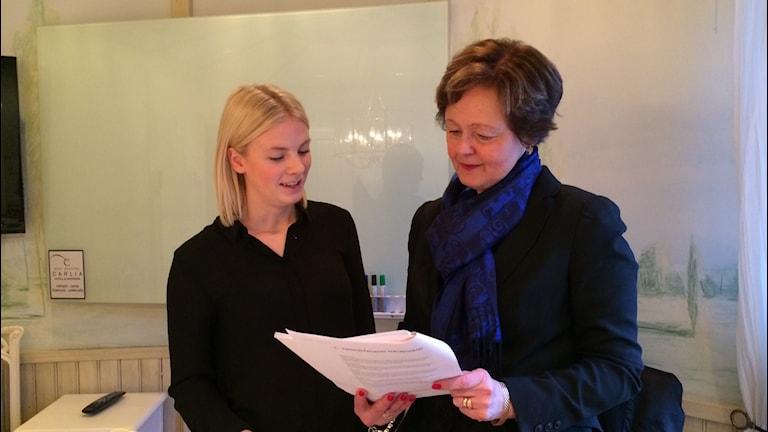 Ellen Karlsson och Elisabeth Sandberg på Svenskt Näringsliv. Foto: Oskar Lodin / Sveriges Radio