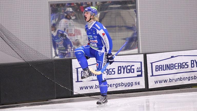 Bandy IFK Vänersborg Nils Berner Foto: Elliot Ohlén/Sveriges Radio