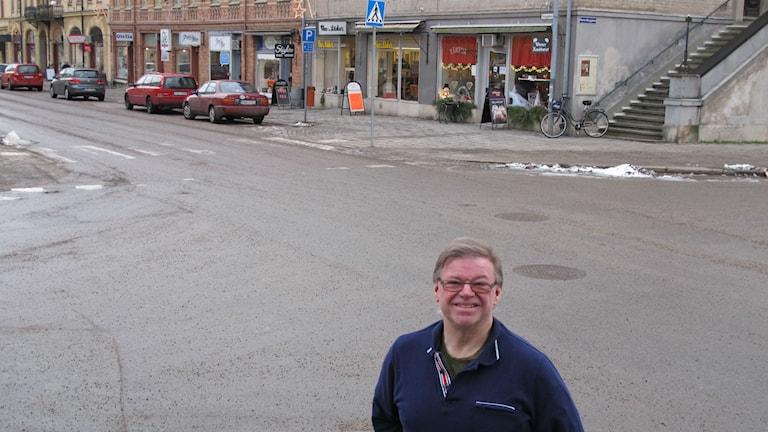 Lokala ordförande för Svensk Handel på affärsgata i Åmål