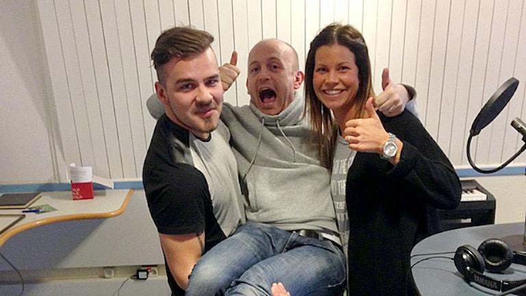 Tommy Öster, Skoob Salihi och Sofia Johansson. Foto: Cajsa Vingros Carlson/Sveriges Radio