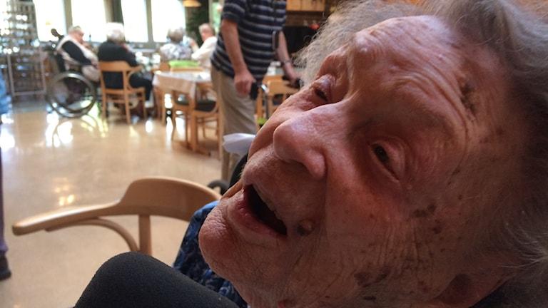 Bild på 110-åriga Alice Östlund.